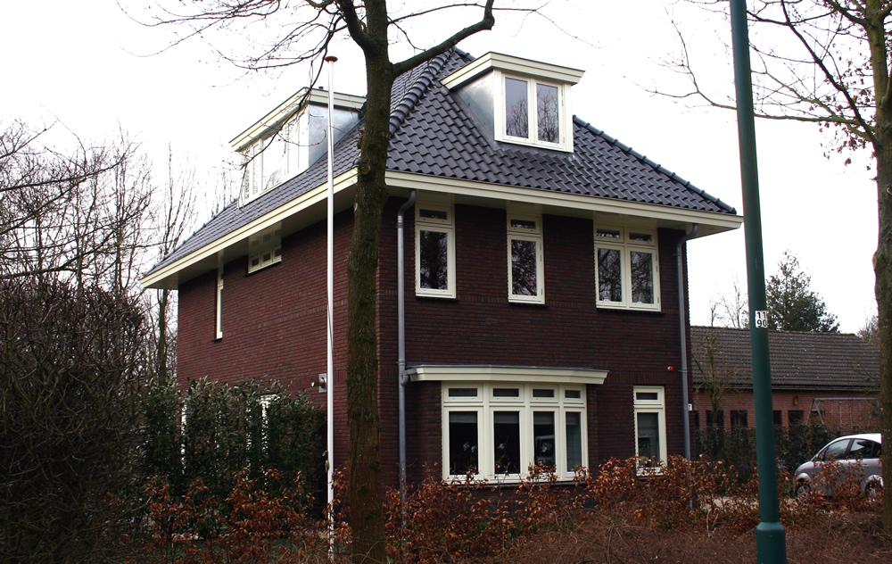 Bouwbedrijf vlot bv groenekan nieuwbouw in jaren 30 stijl for Huizen jaren 30 stijl